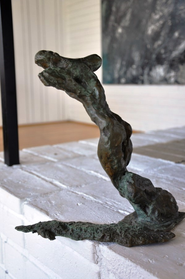 Pilgrim, bronze, side view